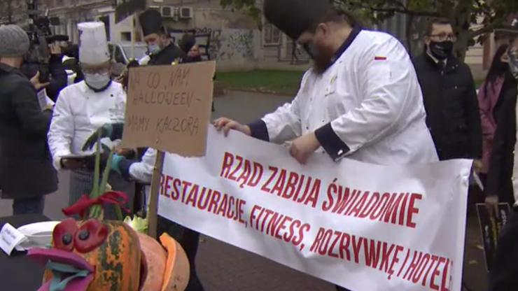 """Protest branży gastronomicznej. """"Czarna polewka dla rządu"""""""