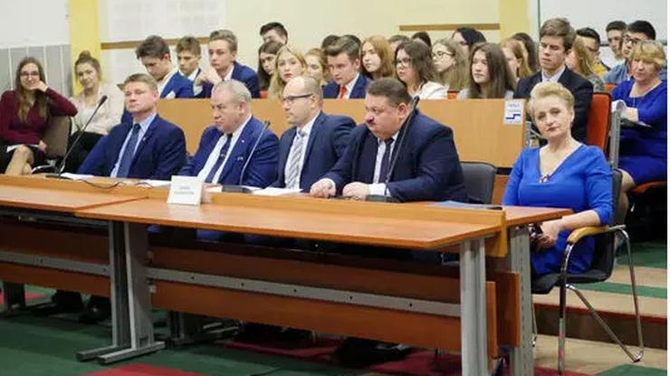 Podlaskie: Artur Kosicki nadal będzie marszałkiem województwa